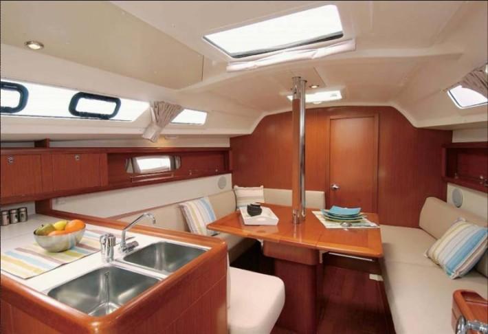 02_interior_oc34-710x486